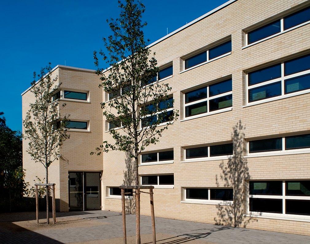 Schule Cäsarstraße