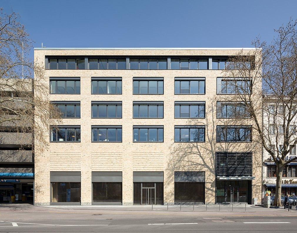 C30 Wohn- und Geschäftshaus Cäcilienstraße